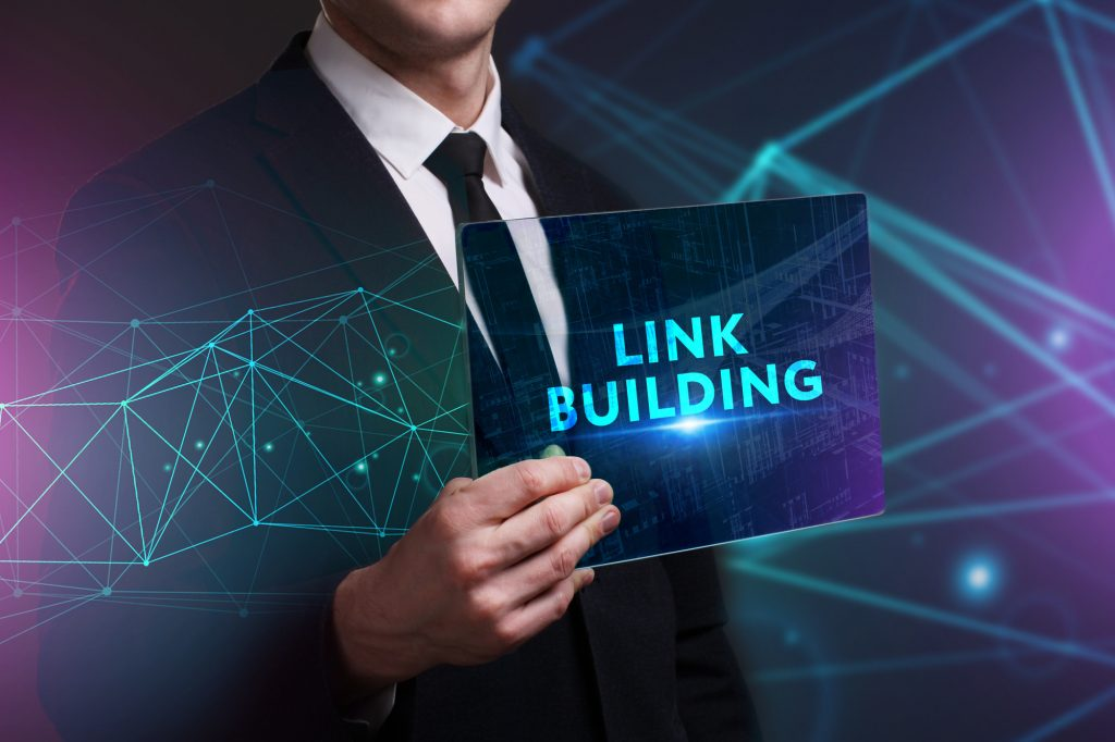 link building text and man in suit